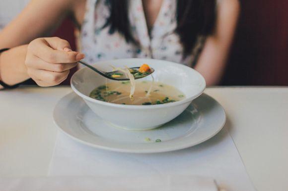 Dieta para un hígado sano: qué alimentos comer y qué evitar