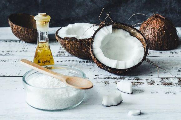 Los beneficios del aceite de coco: por qué cocinar con este producto orgánico